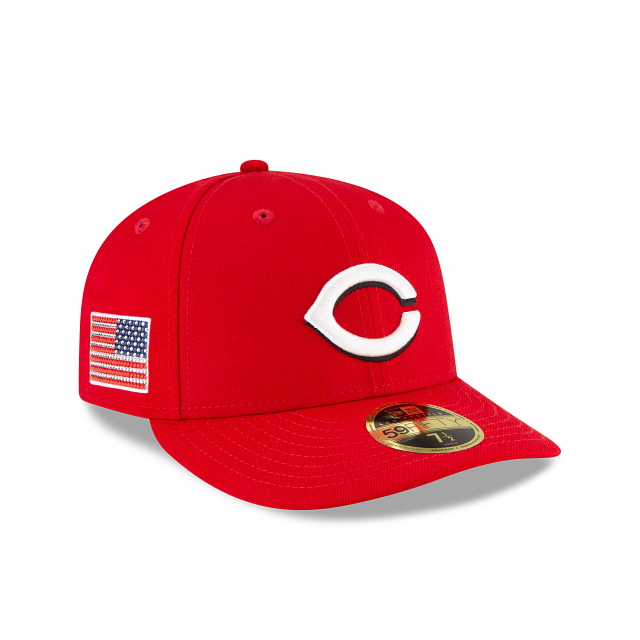 Cincinnati Reds Crystals From Swarovski Flag Low Profile 59FIFTY Fitted | Cincinnati Reds Hats | New Era Cap