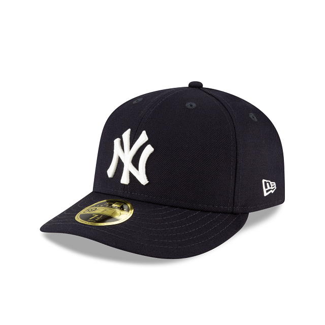 New York Yankees Crystals From Swarovski Flag Low Profile 59FIFTY Fitted | New York Yankees Hats | New Era Cap